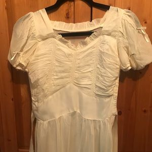 Vintage 1940s cream chiffon ruched front dress